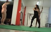 Italienske elskerinde piskning to slaver